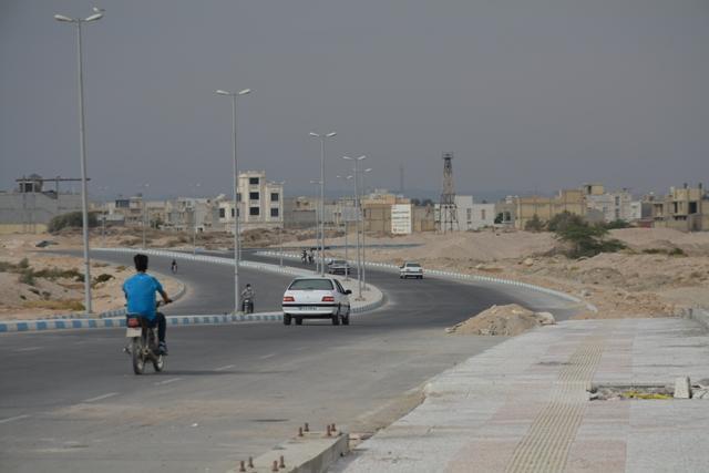 بهره برداری از محور بوشهر-شیف - گناوه و احداث پل خور در دهه فجر سال جاری